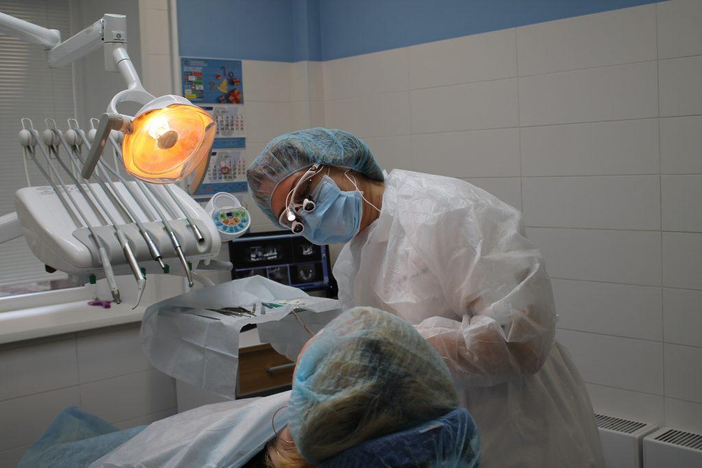 Имплантация зубов цена